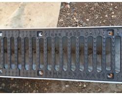Лоток бетонный водоотводный DN100 с чугунной щелевой решеткой 1000х190х130 мм