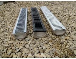 Лоток водоотводный DN100 пластиковый 1000х160х155 усиленный со  стальной  оцинкованной штампованной  решеткой